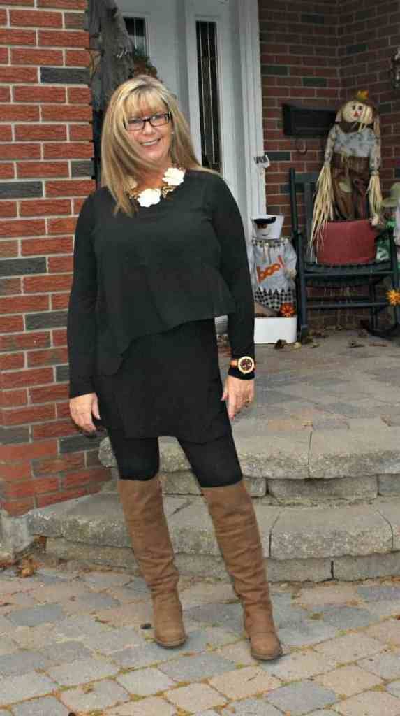 LNBF Selena Tunic and Suri leggings with jord watch and OTK boots