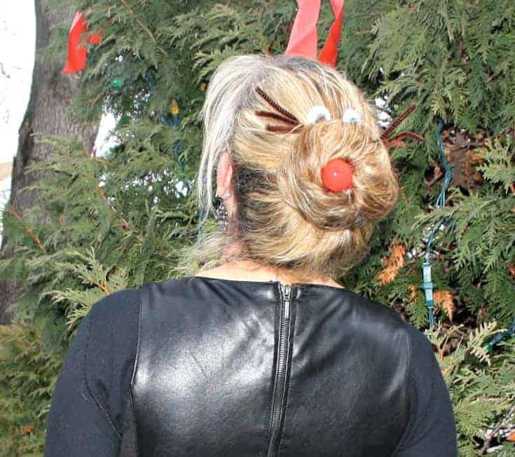 holiday hair, rudolph bun