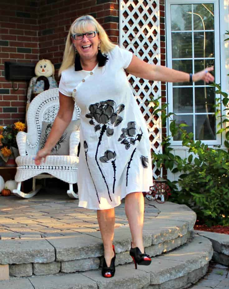 white linen dress in the fall plus custom made shoes from Ruby Blues Winery 3