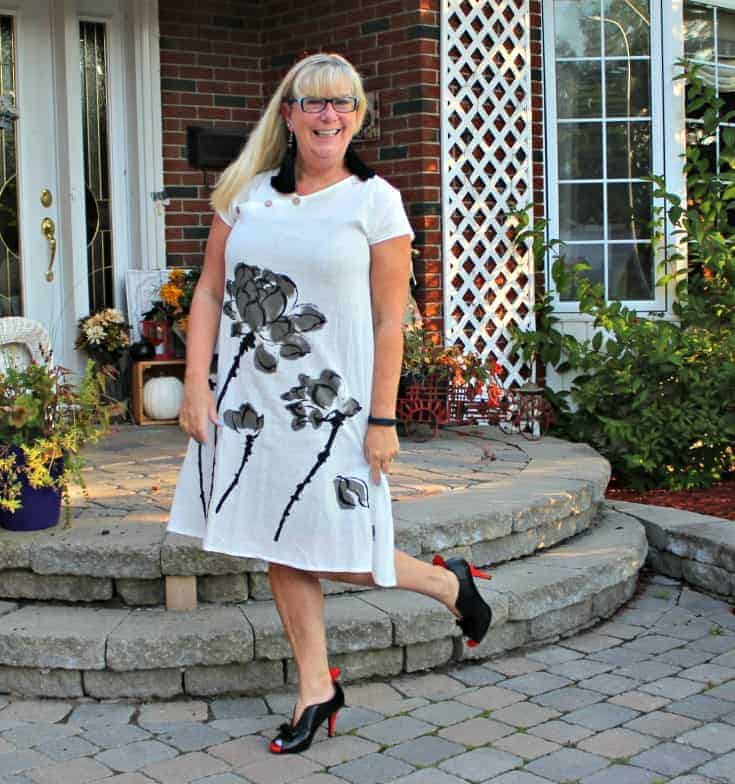 white linen dress in the fall plus custom made shoes from Ruby Blues Winery 2