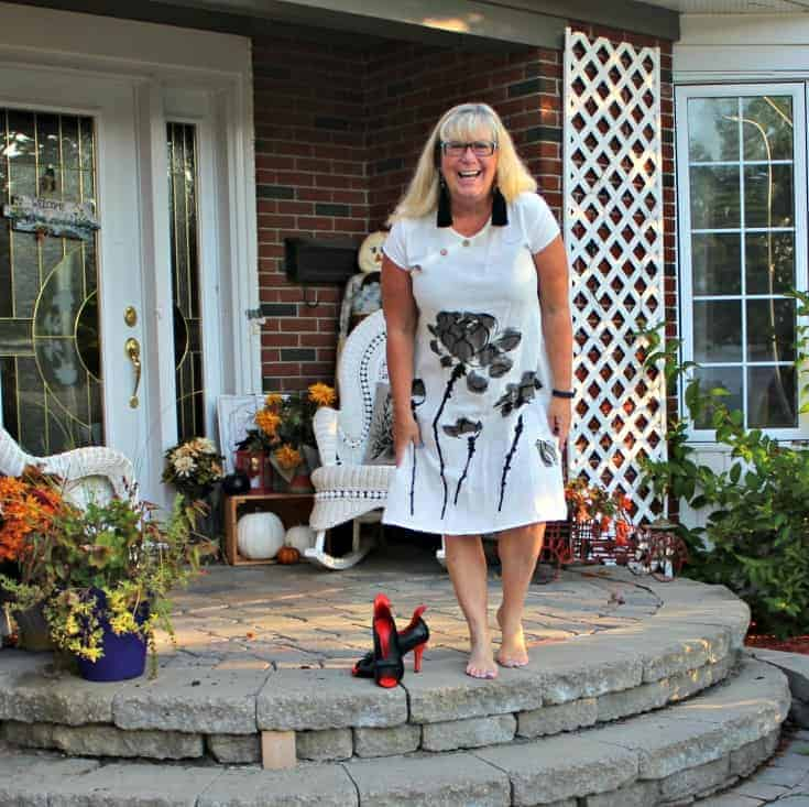 white linen dress in the fall plus custom made shoes from Ruby Blues Winery