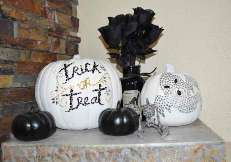 Halloween Decor Hacls