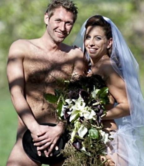 Casamento com noivos pelados chama a ateno  Alagoas 24 Horas Lder em Notcias Online de