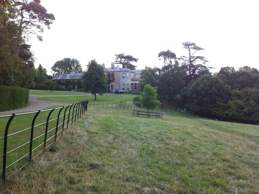 Ozleworth House