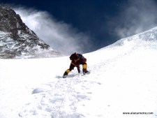 Fixing the Rope of the Lhotse Face