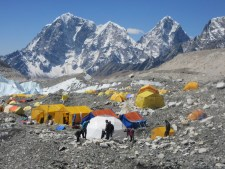 Everest: 4 Weeks, Unlimited Oxygen, $110,000
