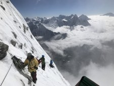 Autumn Climbing: Himalayan Roundup: Annapurna, Lhotse Nuptse and more