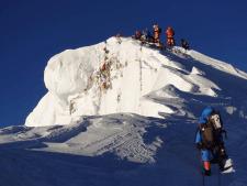 Everest 2019: Summit Wave 5 Underway - Update 5