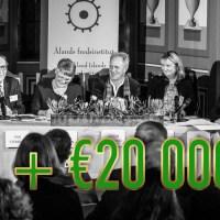 Tony Asumaa ger €20 000 till vänsterstiftelse för panelsamtal