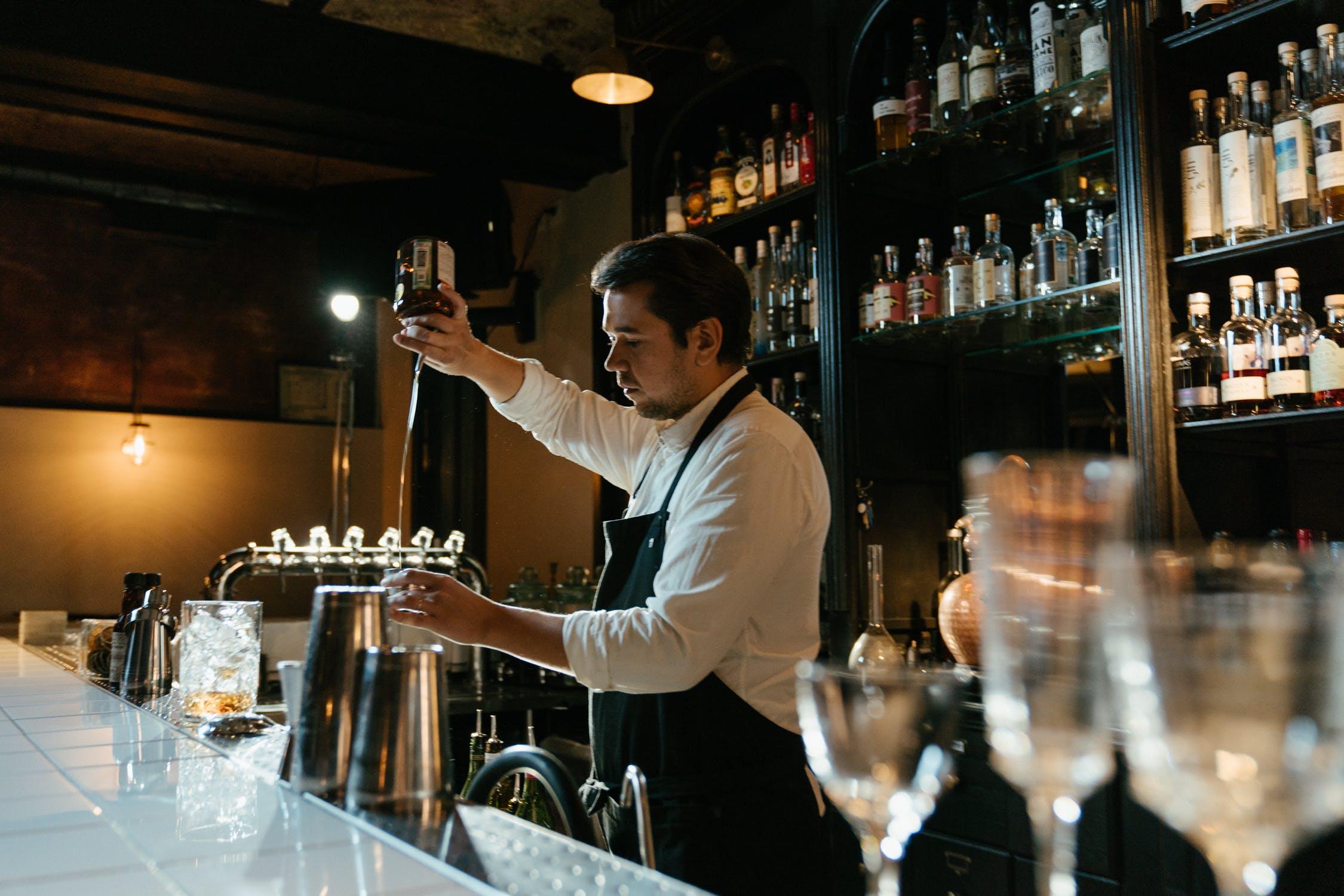 alkohol, bartender, krog