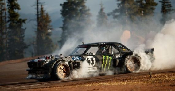 Ken Block drift Ford Mustang Pikes Peak