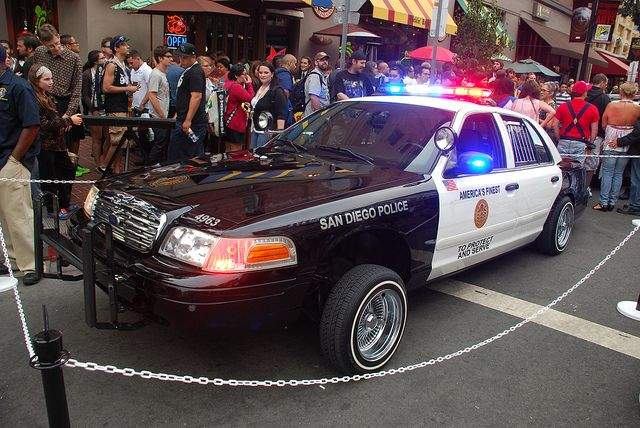 Ford Victoria Crown Lowrider police