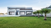 Big Blue Prestigious Luxury Villa In Tersanas Chania