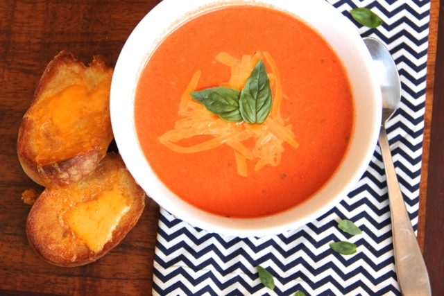 Tomato Cheddar Soup with Garlic Cheese Toasts