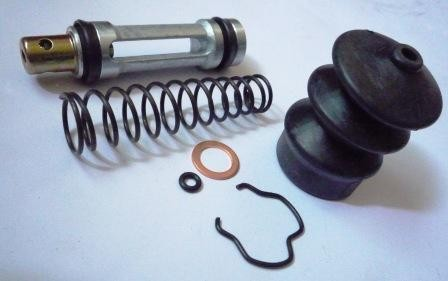 CLUTCH MASTER REPAIR KIT M/6D22