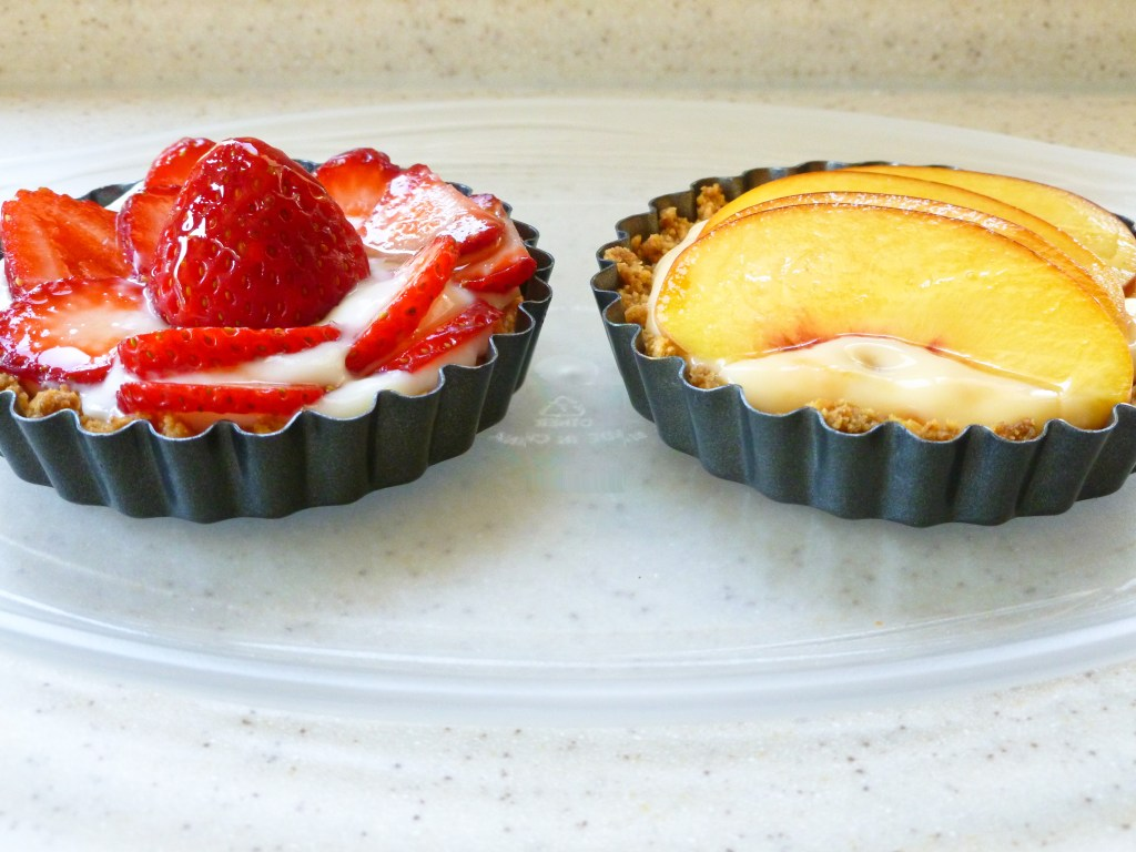 These easy tartlets start with a graham cracker crust and end with yogurt, honey, and fresh fruit! An easy dessert you won't feel guilty about eating!