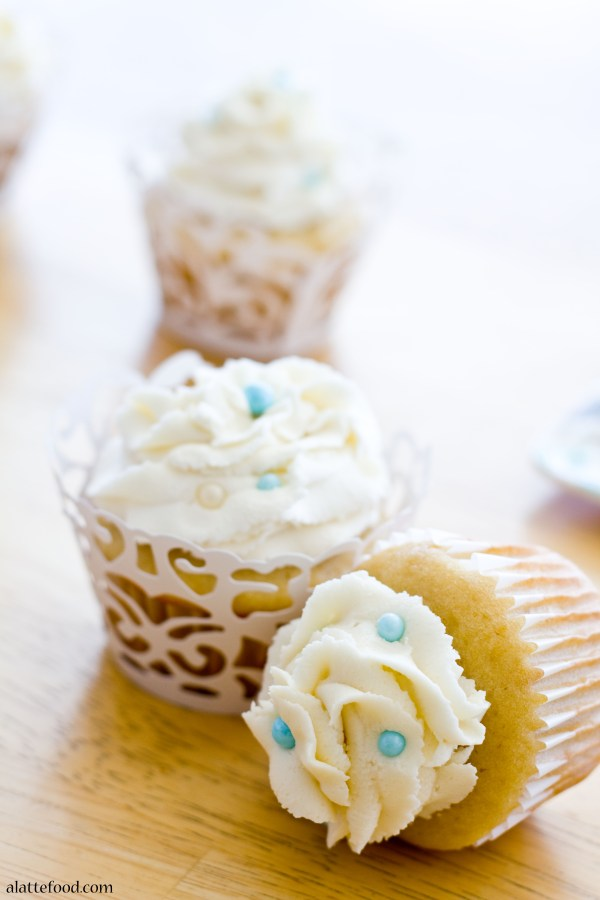 Vanilla Almond Cupcakes | A Latte Food