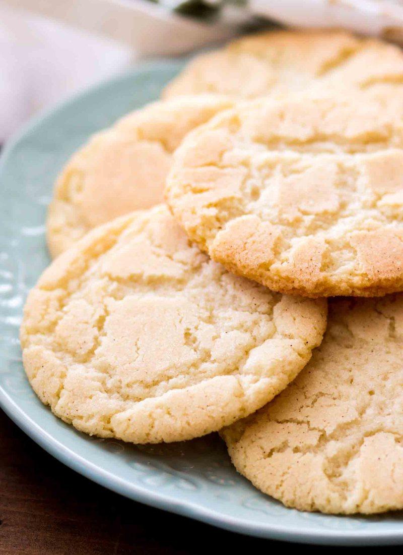 Easy snickerdoodle cookies in cinnamon sugar