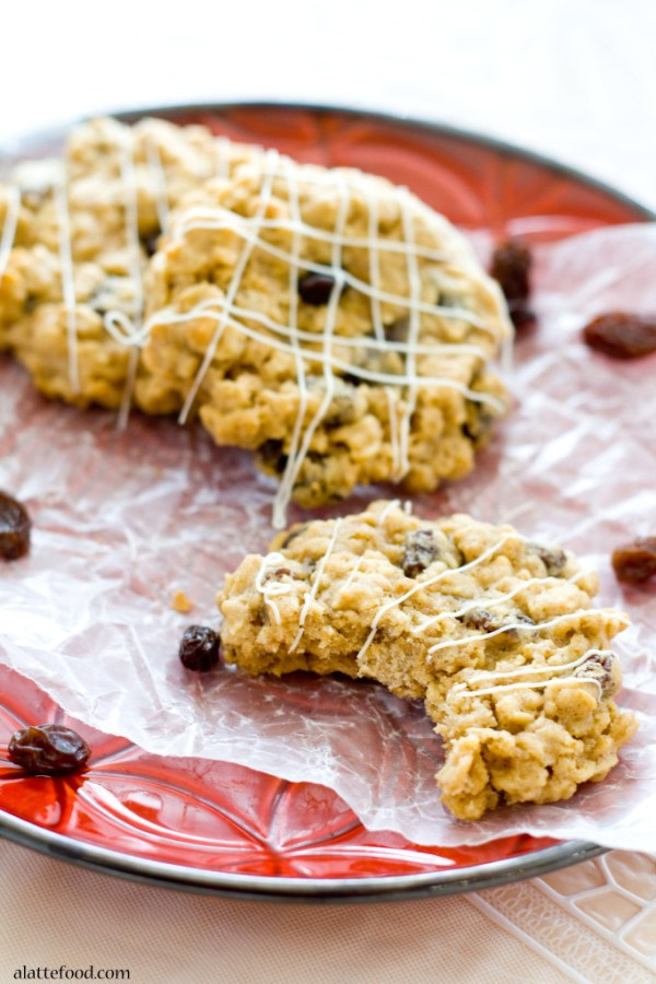 Oatmeal Raisin Cookies | A Latte Food