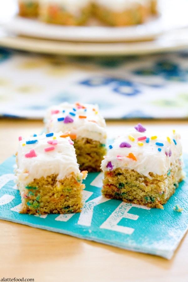 Funfetti Blondie Bites | A Latte Food