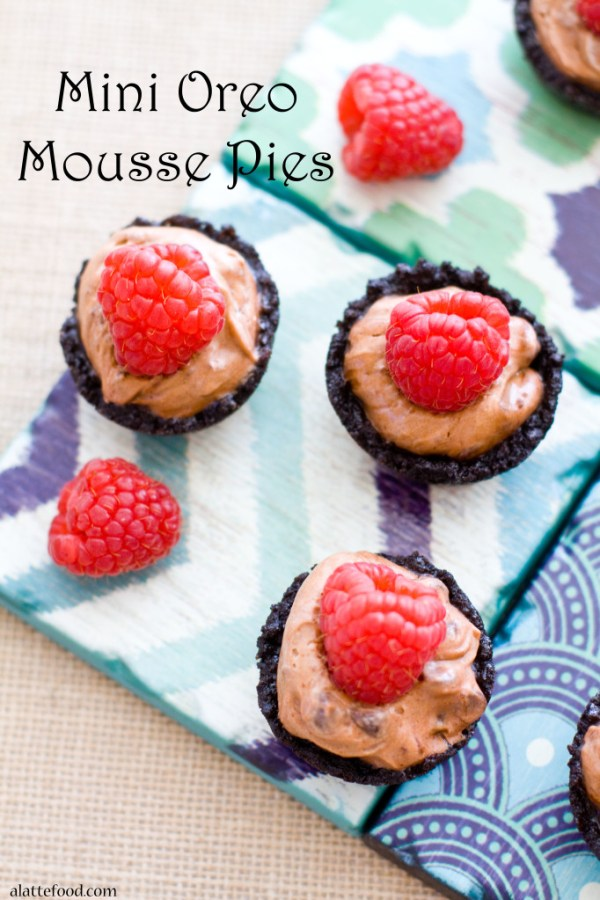 Mini Oreo Mousse Pies | A Latte Food