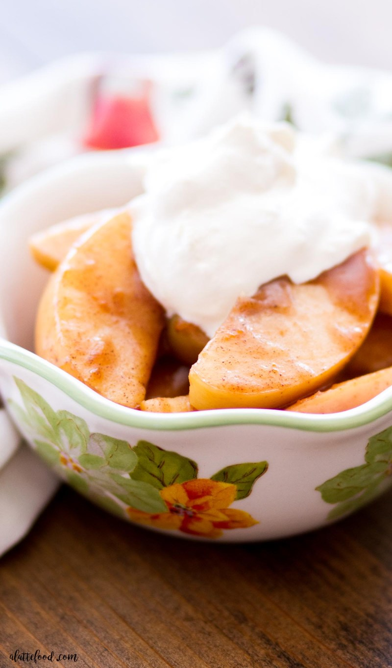 spiced apples with homemade whipped cream