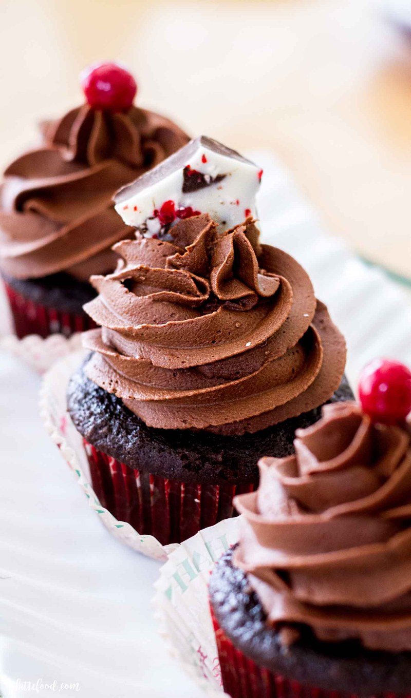 chocolate peppermint cupcakes with chocolate frosting and peppermint bark