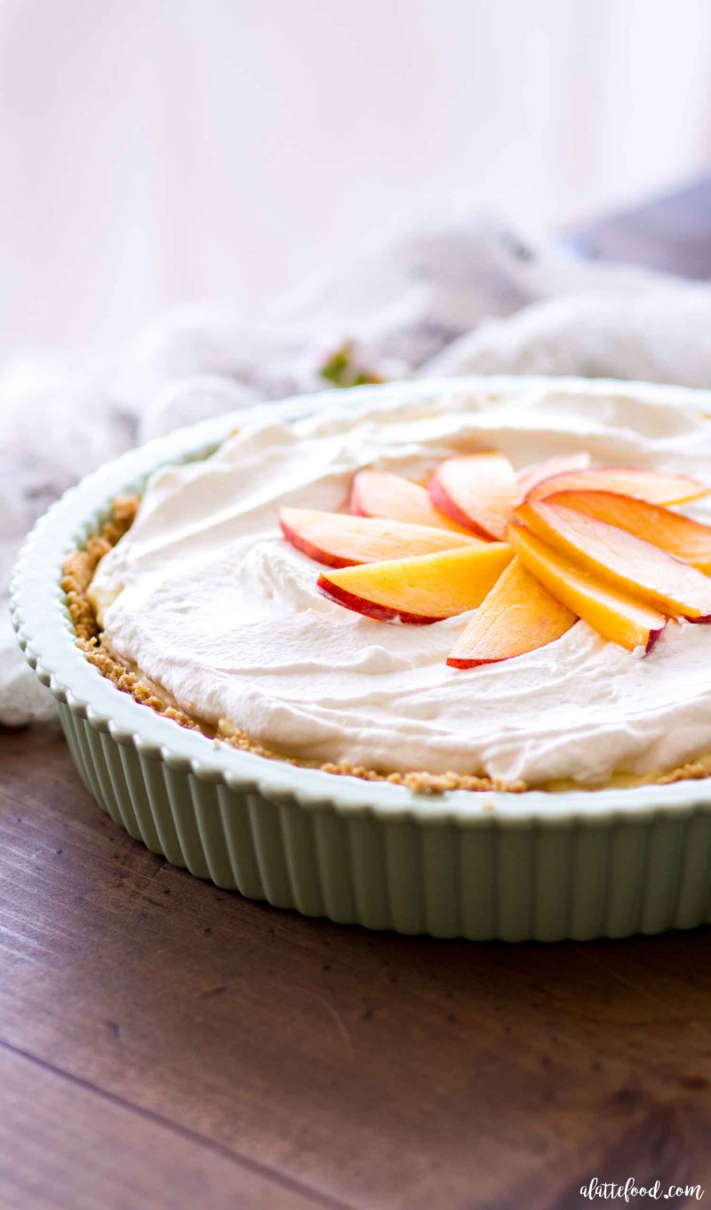 no bake peach cream pie in pie plate