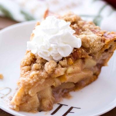 Homemade Cinnamon Roll Dutch Apple Pie makes the best holiday dessert!