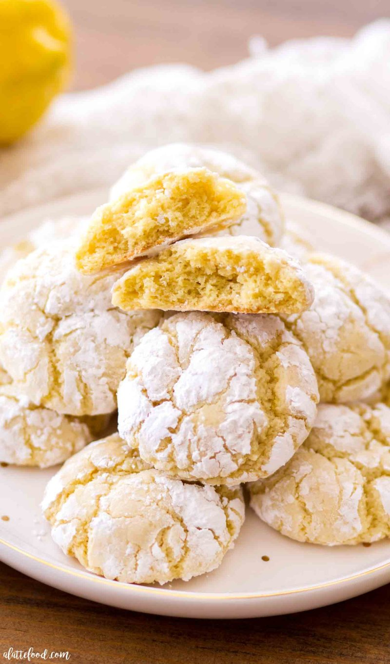 Lemon Crinkle Cookies with cream cheese are super soft, moist and chewy in texture.