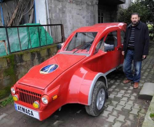 Laz Mucit'in Otomobili Garajda Kaldı