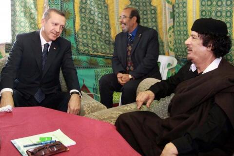 Los Angeles Times'dan Türkiye'ye Kaddafi suçlaması