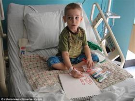 Resim çizerek tedavi masraflarını karşıladı