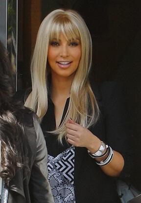 Kardashian sarışın oldu
