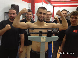 Selcuk Aydin makes 7 day check weight