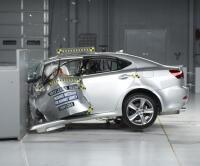 Çarpışma testinden Mercedes, Audi, Lexus'a çok kötü not
