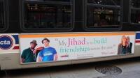 Chicago'lu Müslümanlar, İslam karşıtı metro ilanlarına otobüs reklamıyla cevap verdi