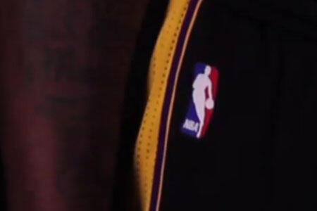 "Lakers'tan Yeni ""Hollywood Nights"" Forması"