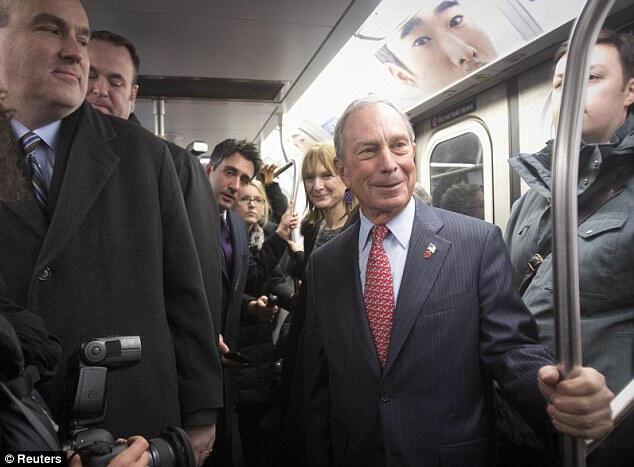 Başkan veda edip metroyla evine döndü