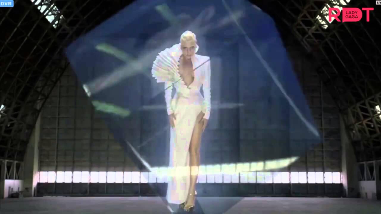 Lady Gaga ve Intel gizemli bir proje üzerinde çalışıyor