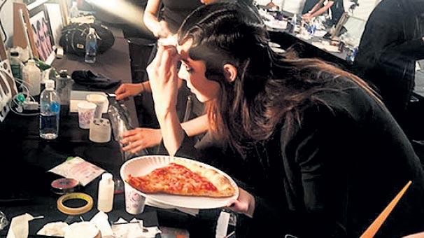 Defileden önce Pizza yediğim doğrudur