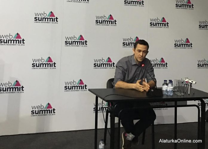 joseph-gordon-lewitt-web-summit-2016