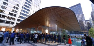 MacBook Catili Apple Store Chicago