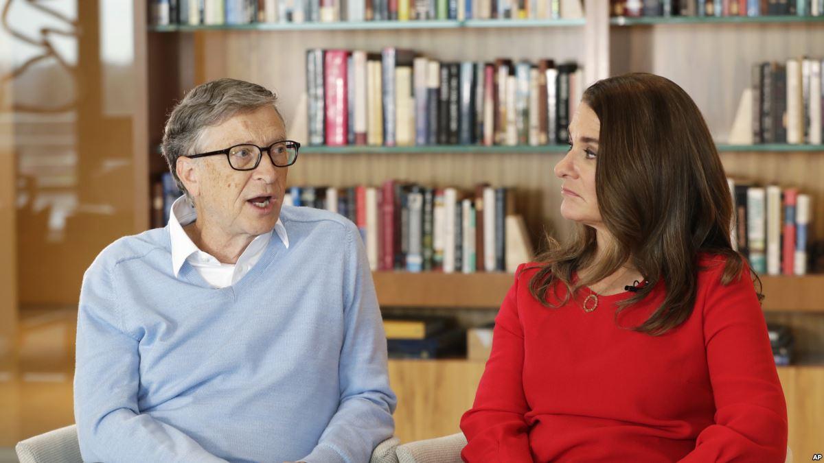 Gates Çiftinden Trump'a: 'Kadınlara Saygılı Davranın'