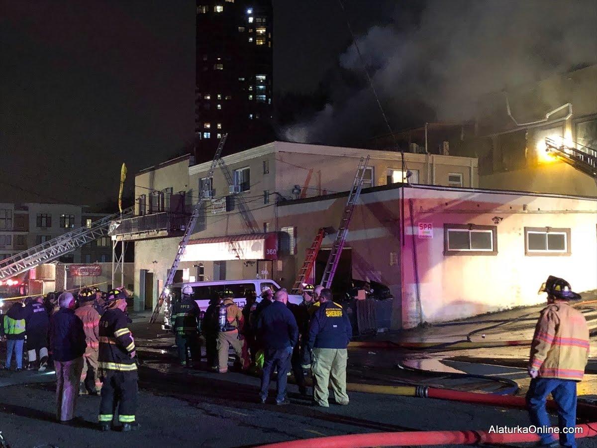 New Jersey Beyoğlu Restoran'da Yangın