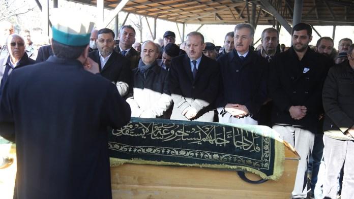 ABD 22 dolar icin oldurulen Turk Turkiye Cenaze