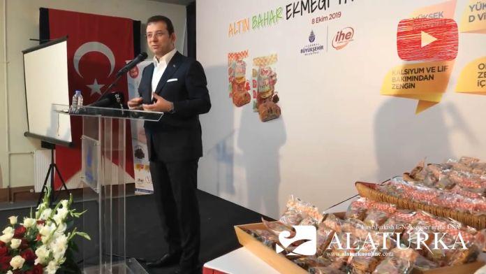 """Ekrem İmamoğlu Halk Ekmek'in yaşlılar için ürettiği """"Altın Ekmek"""" tanıtımında"""