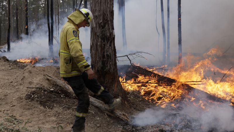 Avustralya'da Yangın Söndürme Uçağı Düştü 3 Pilot Öldü