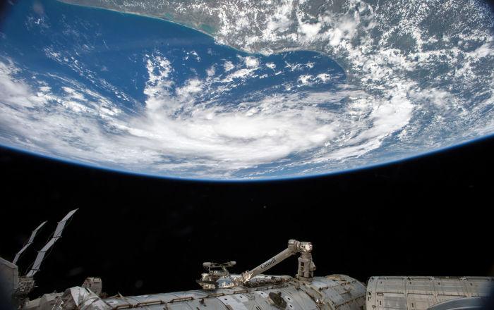 NASA uzay çalışmaları için 8 ay boyunca karantinada kalacak kişiler arıyor
