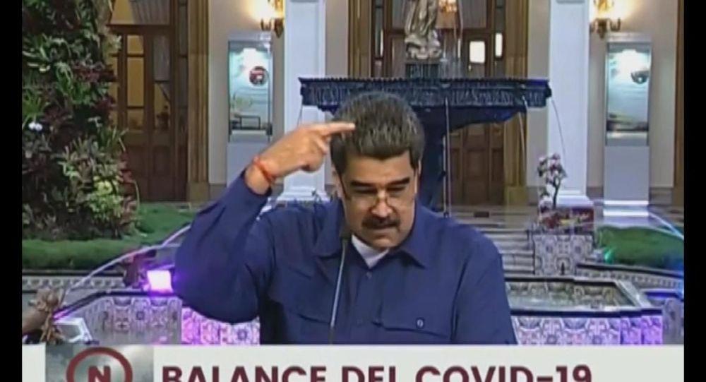 Maduro canlı yayında konan sineği ABD'ye geri gönderdi: Pence'in sineği gelmiş, bana yapışmak istiyor, evine git sinek